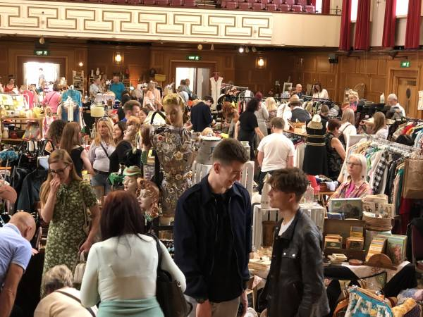 Pop Up Vintage Fairs London at the Walthamstow Assembly Hall!