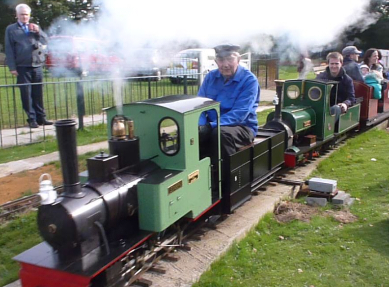 Miniature Steam and Electric Train Rides in Chingford